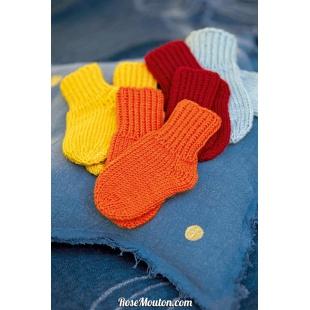 Modèle chaussettes 2 Punto 7 CASHMERINOLang Yarns